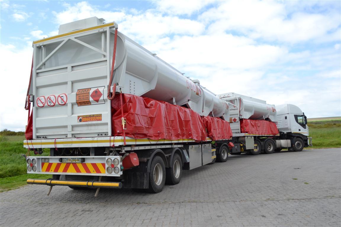 Returnhauler B-Double with Bulk Salt return load